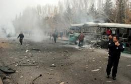 Nổ xe buýt ở Thổ Nhĩ Kỳ, hơn 60 người thương vong