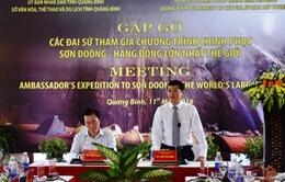 Đoàn đại sứ quốc tế chinh phục Sơn Đoòng đến Quảng Bình