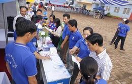 Thành đoàn tổ chức tư vấn sức khỏe cho 250 thanh niên công nhân trên địa bàn Thủ đô