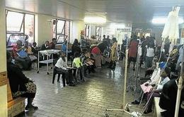 1.000 học sinh bị ngộ độc chỉ trong 3 ngày ở Nam Phi