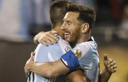 VIDEO Argentina 5-0 Panama: Vừa vào sân, Messi lập ngay hattrick