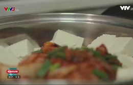 Cách nấu lẩu nấm kim chi Hàn Quốc ngon đúng điệu
