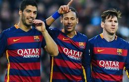"""HLV Wenger """"bắt mạch"""" sức mạnh tấn công của Barcelona"""