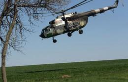 Rơi máy bay trực thăng cứu hộ ở Iran, 9 người thiệt mạng