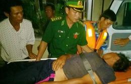 Biên phòng Quảng Nam cấp cứu ngư dân bị tai biến trên biển