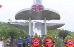 Các tỉnh miền Trung dâng hương tưởng niệm các anh hùng liệt sĩ