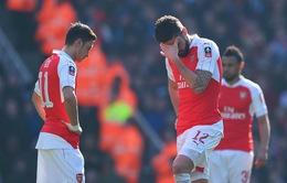 Tứ kết FA Cup: Arsenal trở thành cựu vương sau trận thua sốc