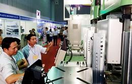 320 gian hàng tham gia triển lãm ngành nhựa, cao su