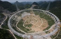 Trung Quốc xây kính viễn vọng siêu lớn theo dõi sự sống ngoài Trái Đất