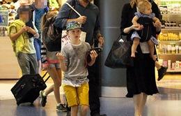 Cate Blanchett mang con rời Australia sau bê bối tình cảm của chồng