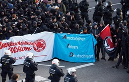 Cảnh sát Đức bắt giữ 400 người biểu tình quá khích