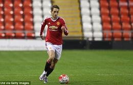 Adnan Januzaj lập cú đúp trong trận tái xuất tại Man Utd