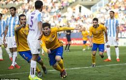 Messi tỏa sáng, Barcelona nhọc nhằn lên đỉnh La Liga