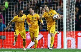 "Barcelona 2-1 A.Madrid: ""Ngáo ộp"" Suarez bắt vía đội khách"