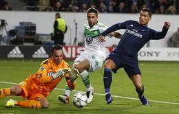 Chịu phạt đền và bị từ chối bàn thắng, Real Madrid lại bị trọng tài xử ép?