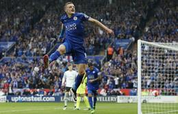 Leicester 3-1 Everton: Vardy bùng nổ trong ngày đăng quang