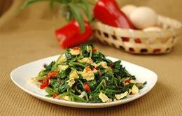 Đến Tuyên Quang thưởng thức đặc sản rau bò khai xào trứng