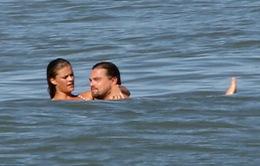 Chỉ một nụ hôn, Leonardo DiCaprio xác nhận chuyện tình mới