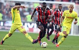Nice 4-0 Nantes: Balotelli tỏa sáng, PSG bị bỏ xa
