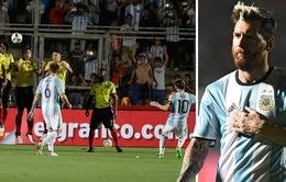 VIDEO: Messi ghi siêu phẩm đá phạt, Argentina ngắt mạch trận thất vọng