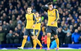 Everton 2 - 1 Arsenal: Pháo thủ thua ngược tại Goodison Park
