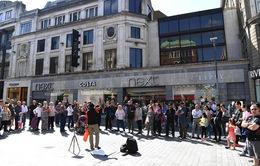 Doanh số bán lẻ tại Anh phục hồi mạnh hậu Brexit