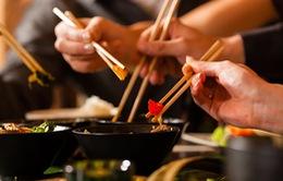 6 cách lựa chọn thức phẩm lành mạnh khi đi ăn hàng