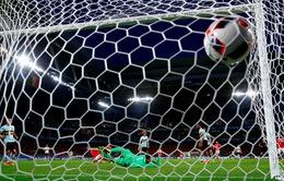 VIDEO EURO 2016: Robson-Kanu xử lý xuất thần, dứt điểm hiểm hóc tung lưới Courtois