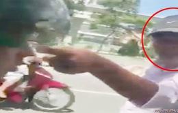 Tài xế GrabBike bị xe ôm dọa đâm chết vì tranh giành khách