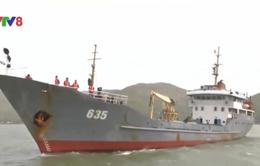 Lai dắt tàu cá cùng 5 ngư dân gặp nạn ở Hoàng Sa