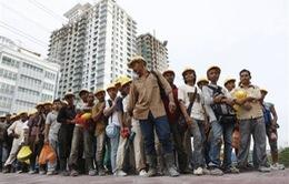 Malaysia ngừng tuyển dụng lao động nước ngoài
