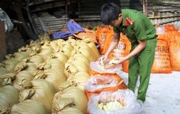 Lào Cai: Bắt giữ 10 tấn măng tươi ngâm hóa chất độc hại