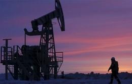 Iran đổi ý không đóng băng sản lượng, giá dầu thế giới giảm mạnh