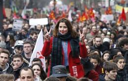 Đàm phán thất bại, Pháp đối mặt với các đợt biểu tình mới