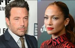 Jennifer Lopez chê hình xăm của chồng cũ xấu tệ