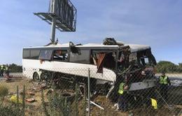 Mỹ: Tai nạn xe bus trên đường cao tốc, 5 người thiệt mạng