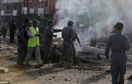 Tấn công đẫm máu tại Afghanistan, gần 60 người thương vong