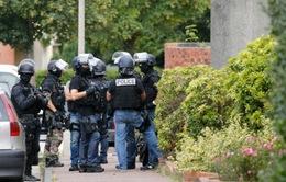 Thủ phạm thứ hai tấn công nhà thờ ở Pháp mới 19 tuổi