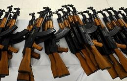 Nga bàn giao 10.000 khẩu súng trường cho Afghanistan