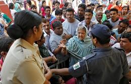 Ấn Độ: Hàng chục người thiệt mạng do đổi tiền