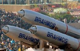 Ấn Độ triển khai 100 tên lửa hành trình dọc biên giới Trung Quốc
