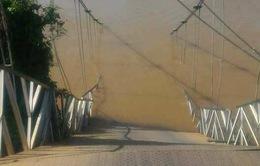 Sập cầu treo Tà Lài, ít nhất 4 người rơi xuống sông Đồng Nai