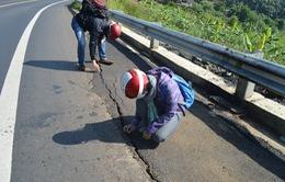 Sạt lở nghiêm trọng QL14 đoạn qua huyện Đăk Mil, Đăk Nông