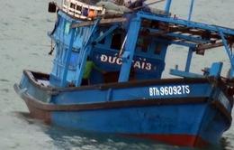 Cảnh sát biển cứu nạn thành công tàu cá bị nạn