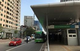 Xe bus nhanh BRT Hà Nội bắt đầu chạy thử trên đường