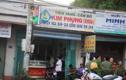 Bốn đối tượng dùng súng cướp tiệm vàng tại Tây Ninh