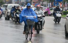 Thời tiết hôm nay: Hà Nội đêm có mưa rào và dông