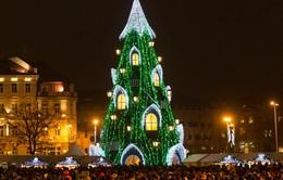 Thế giới lung linh chuẩn bị đón chào ngày Giáng sinh