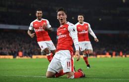 Vòng 15 Ngoại hạng Anh: Ngược dòng thành công, Arsenal tạm chiếm ngôi đầu