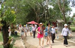 Khánh Hòa niêm yết giá khách sạn trên mạng